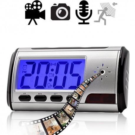 HD SpyCam im Wecker, Bewegungsaktiverte Video &Tonaufnahme, MicroSD bis zu 32GB.